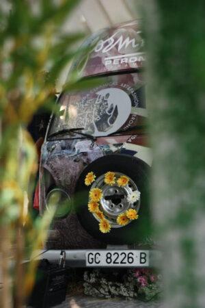 El arte de rotular un vehículo para un eventazo 10