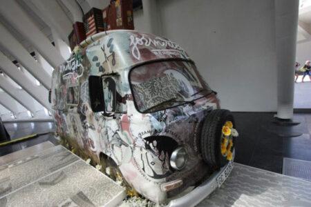 El arte de rotular un vehículo para un eventazo 11