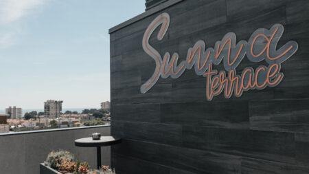 Rótulos potentes y tendencias en decoración para vestir el SUNNA Hotel de Benicàssim 5