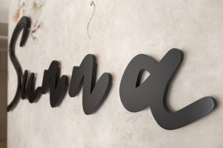 Rótulos potentes y tendencias en decoración para vestir el SUNNA Hotel de Benicàssim 3
