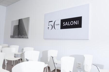 Cerámica Saloni confía en Promopublic para su nueva exposición 6