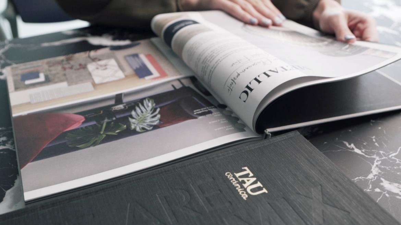 La elegancia hecha catálogo: el caso Tau Cerámica