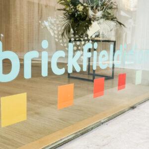 Rotulación y personalización de espacios: así lo hicimos para Brickfield Learning Space 7