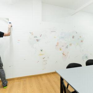 Rotulación y personalización de espacios: así lo hicimos para Brickfield Learning Space 9
